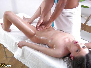 Порно массаж толстых