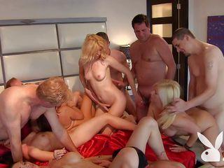Порно игры большие сиськи